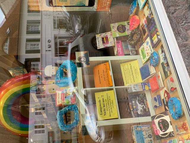 018 Donuts Ausstellung